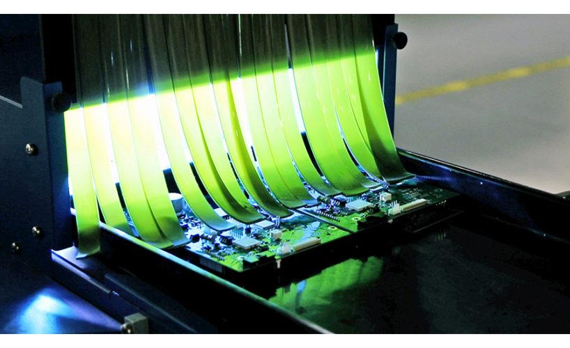 OPEN-IMAGE-PCBs-on-Conveyor-900.jpg